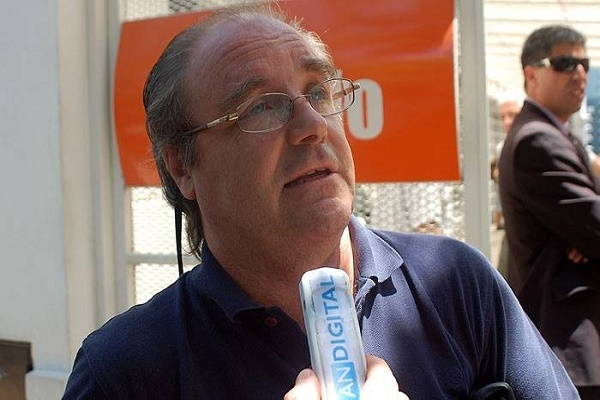 """Cruzan a la """"naif"""" Vidal por convocar voluntarios: """"Está  anarquizando la escuela"""""""